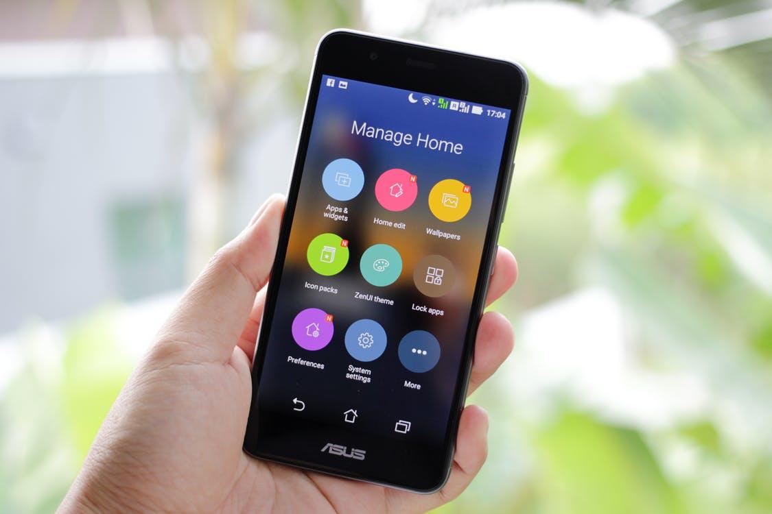 Как проверить смартфон на наличие дефектов - смартфон, который уже включили