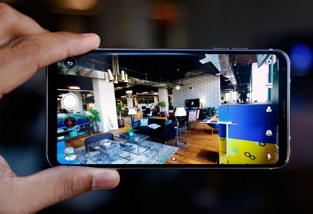 LG V30-съемка