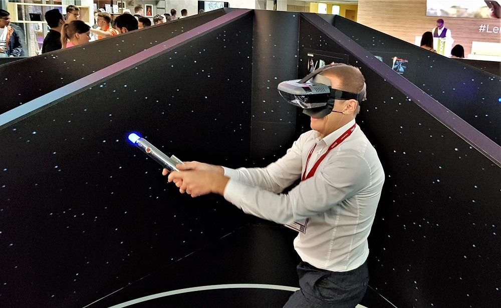 Lenovo на IFA 2017-комплект Star Wars Jedi Challenges