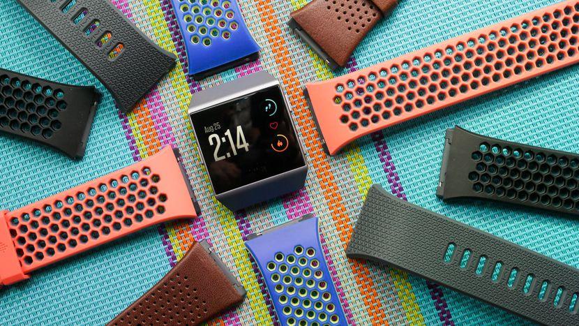 Лучшие смарт-часы (осень 2017 года) - Fitbit Ionic