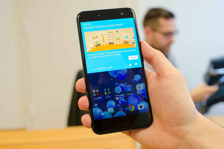 Обзор HTC U11 - sense companion
