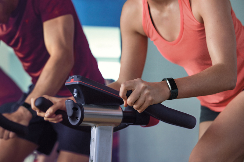 Папка «Фото», 7 помощников для похудения – готовимся к следующему лету – фитнес-браслет (вариант 2).