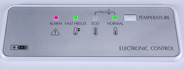 Принцип работы морозильной камеры_просто о сложном - панель управления морозильной камерой