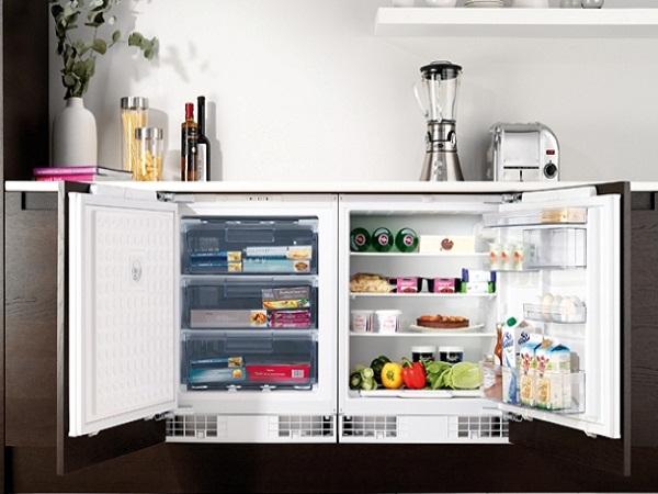 продукты в морозильной камере