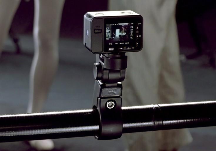 Sony RX0-в работе