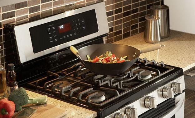 Чем быстро и безопасно очистить газовую плиту - современная газовая плита