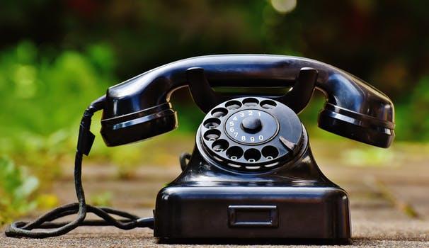 Чем отличается смартфон от телефона_главные отличия - стационарный телефон