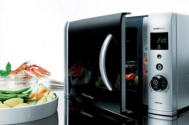 Чистка микроволновой печи_удаляем загрязнения без вреда для пищи - еда рядом с микроволновкой