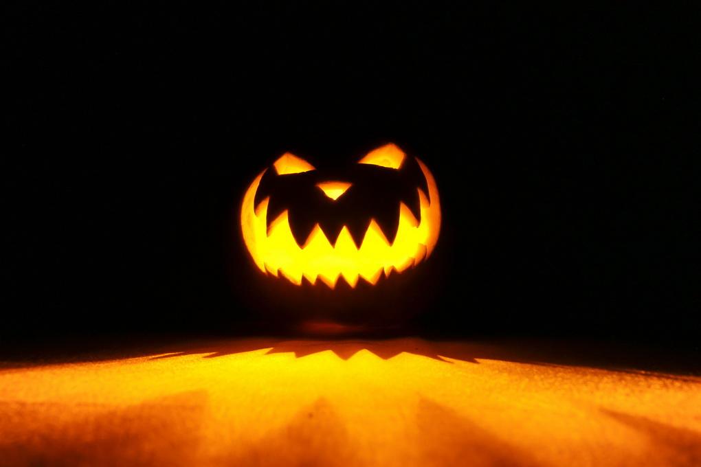 Джек-фонарь-главный атрибут Хэллоуина