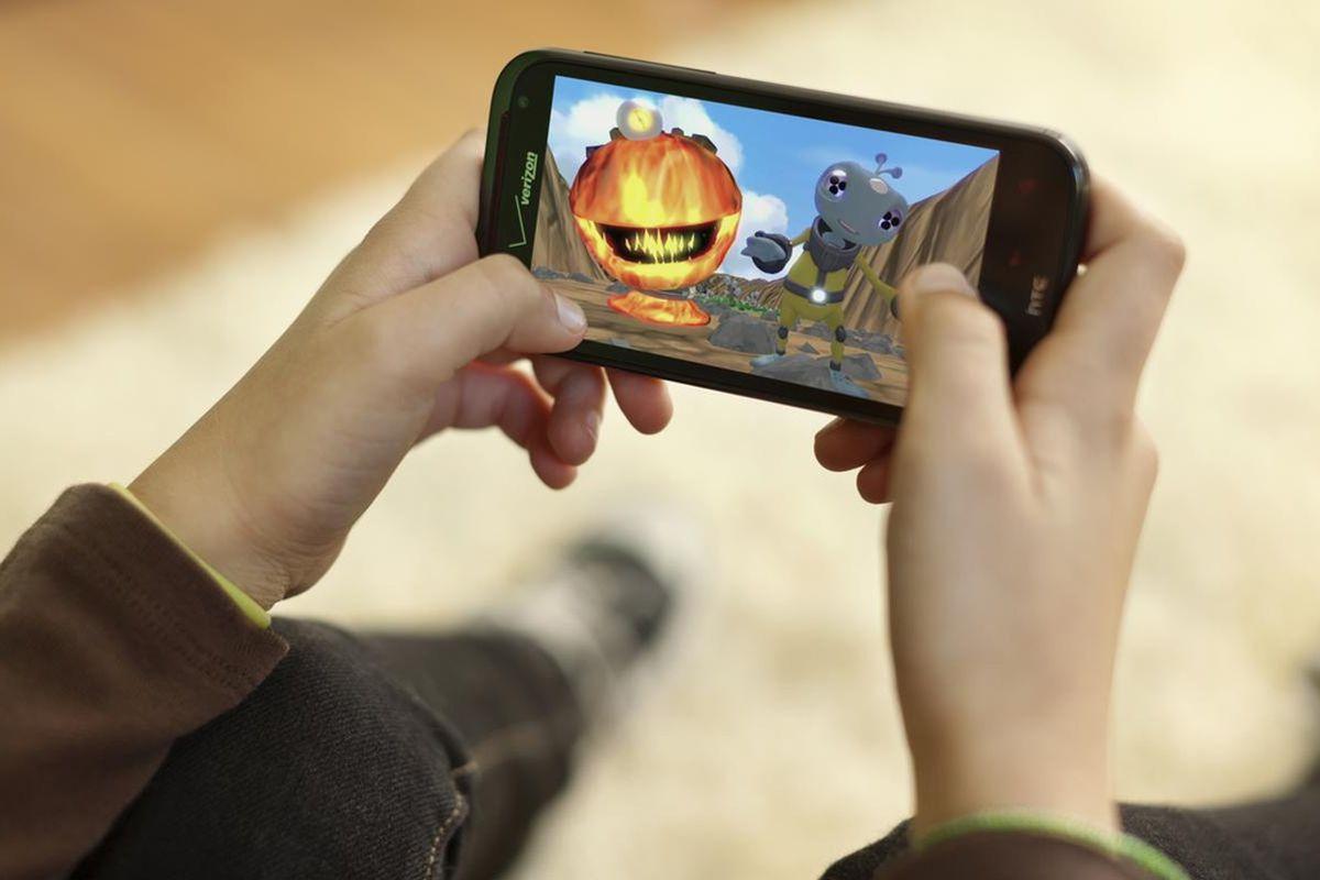 Папка «Фото»_ 8 мифов о батареях мобильных устройств – играть на смартфоне.