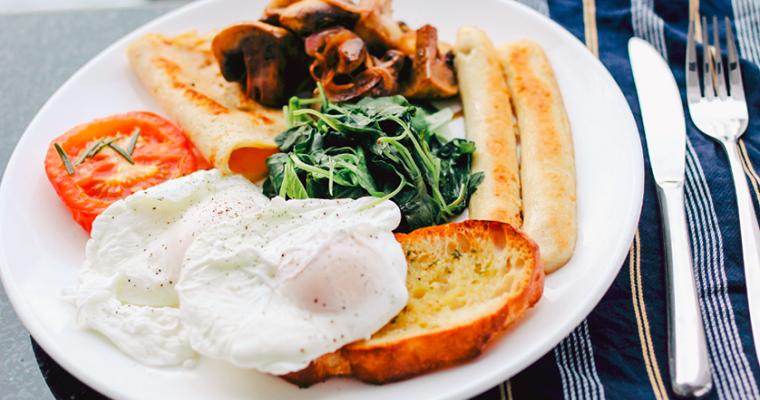 ТОП-7 самых быстрых и вкусных завтраков для всей семьи