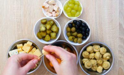 Інгредієнти для простих і оригінальних канапе