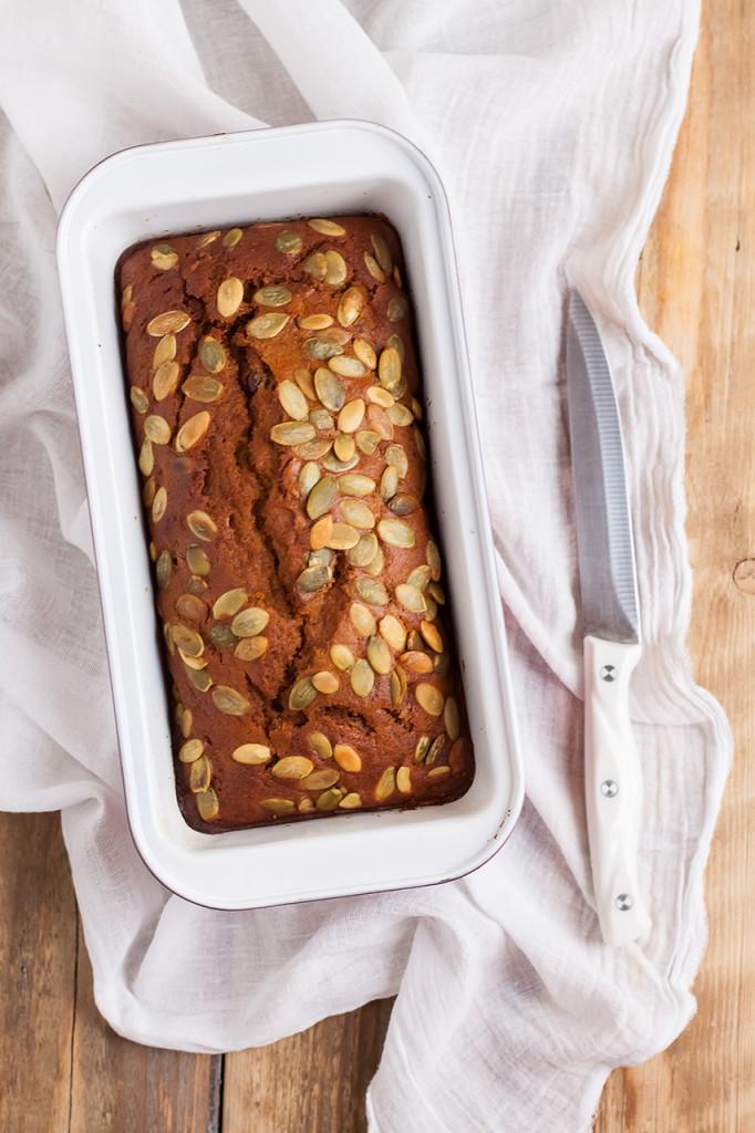 Американский тыквенный хлеб-кекс с семечками