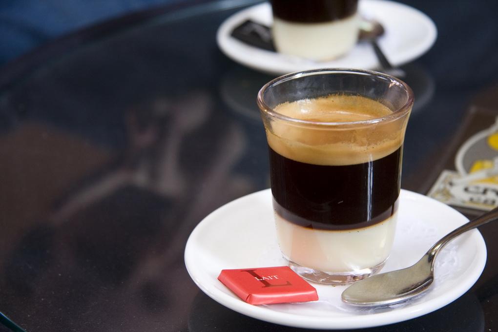 Бонбон Испания-эспрессо со сгущенкой