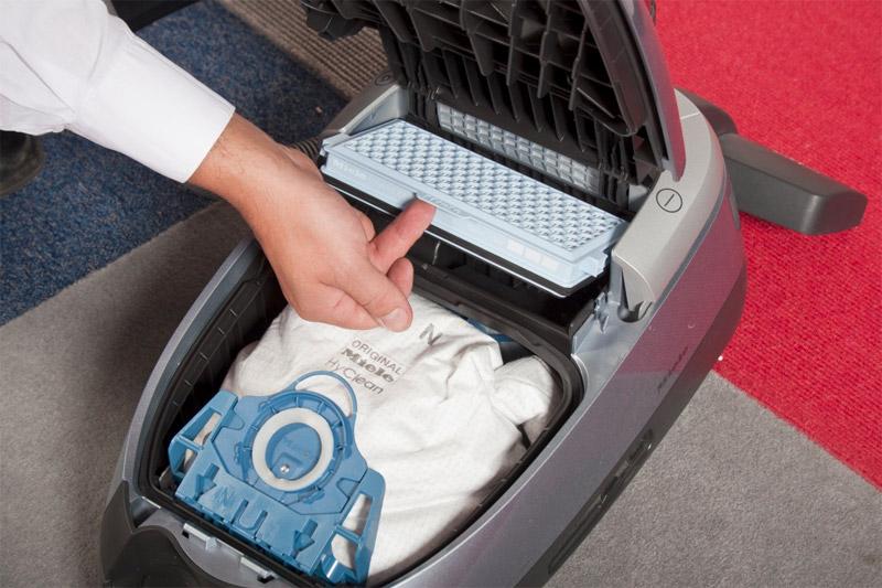 Как помыть пылесос чтобы не пришлось покупать новый - мешок в пылесосе