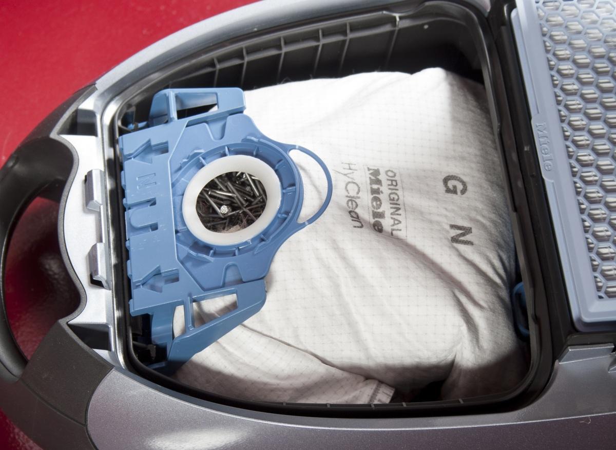 Как помыть пылесос чтобы не пришлось покупать новый - одноразовый мешок