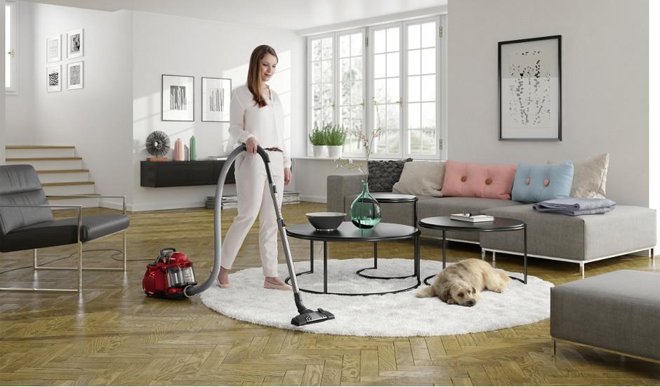Как помыть пылесос чтобы не пришлось покупать новый - убираем комнату пылесосом