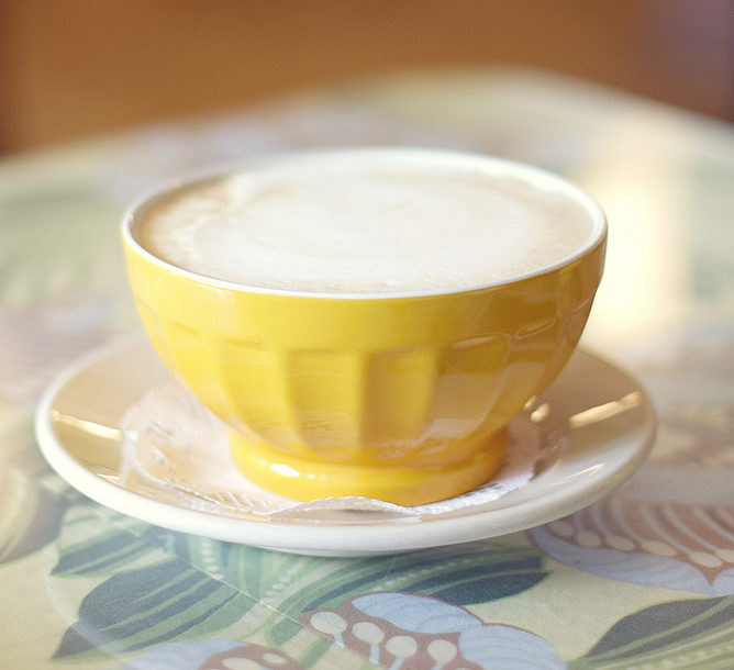 Кофе с молоком-по-французски