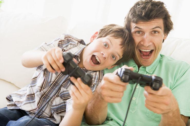 Папка «Фото», Секреты воспитания разумного геймера – играет с папой.