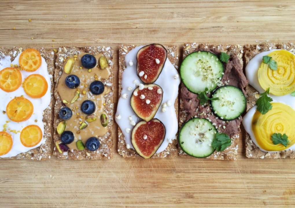 Полезные бутерброды-ассорти.