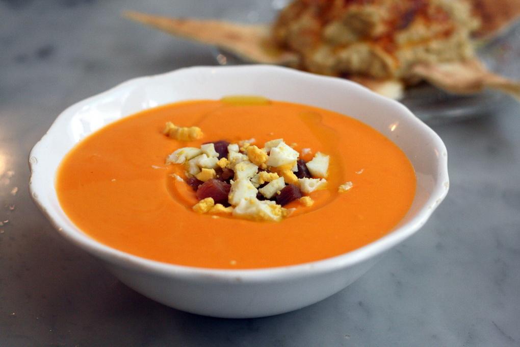 Сальморехо-холодный испанский суп