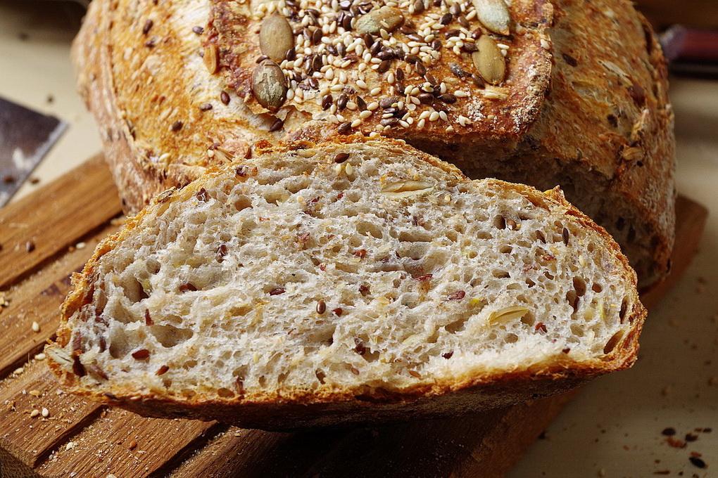 Цельнозерновой хлеб-с семенами льна