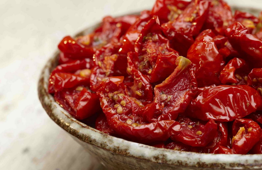 Вяленые томаты-фото