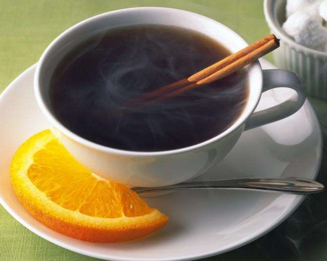 Ямайка и кофе с апельсином и ромом-подача