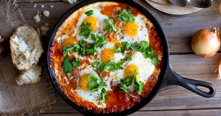 Яйца Вальехо-мексиканский завтрак