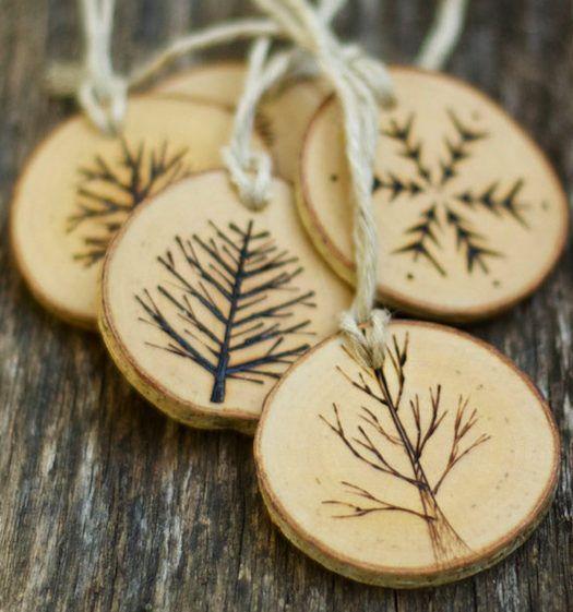 Деревянные елочные украшения-выжигание