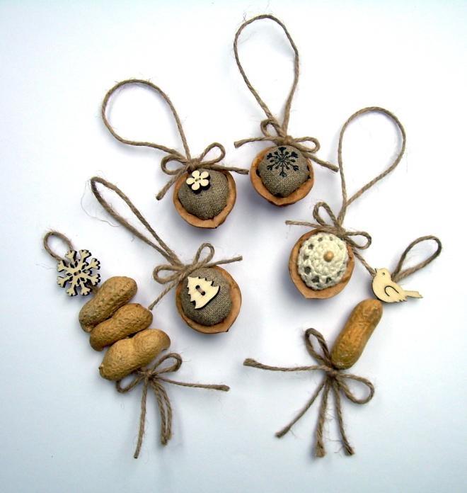 Елочные игрушки из арахиса и грецких орехов-идеи