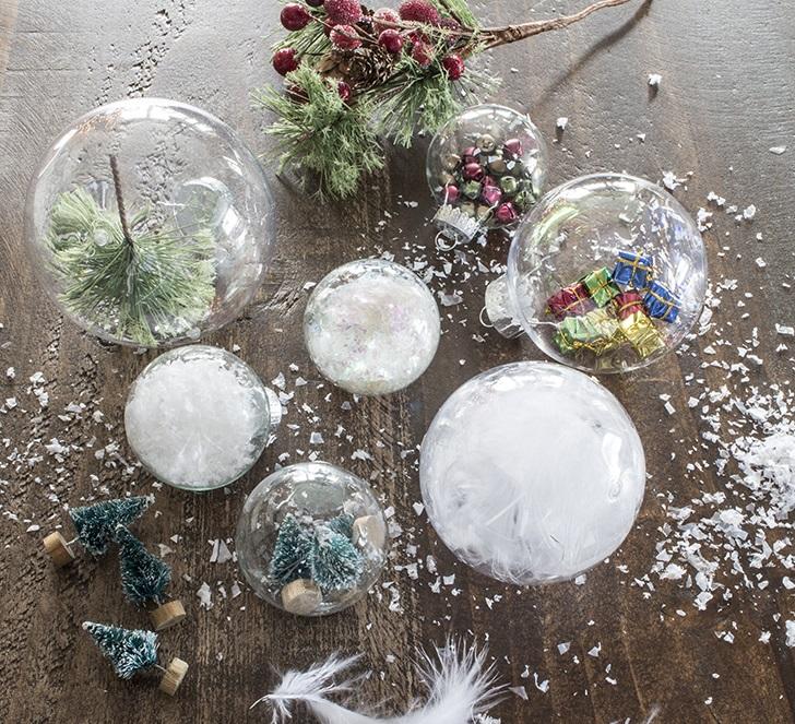 Елочные украшения из пластиковых шаров-идеи и креатив