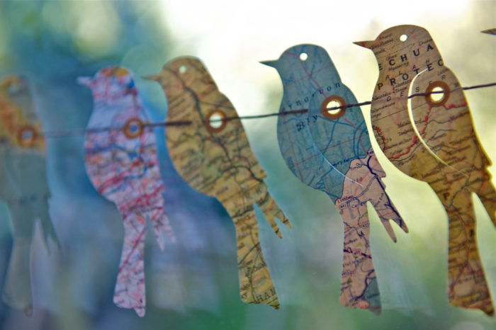 Гирлянды-птички из бумаги-идеи и креатив