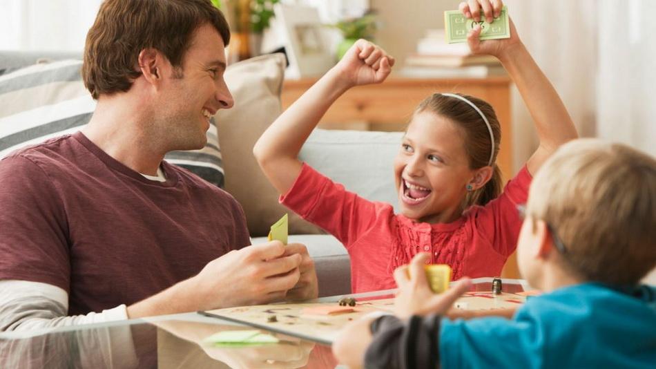 Настольные игры-семейный досуг