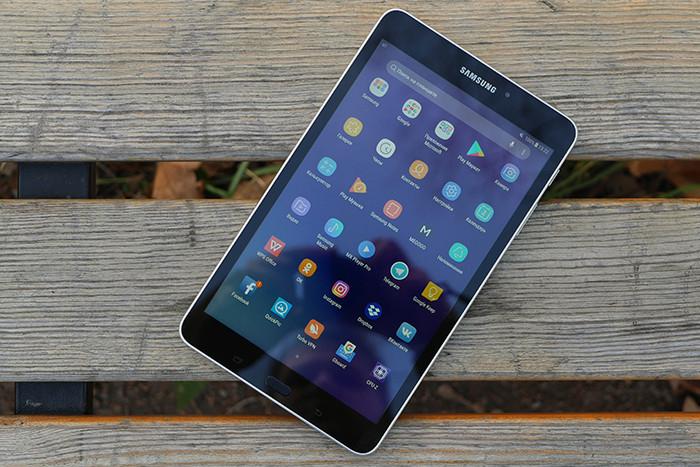 Обзор планшета Samsung Galaxy Tab A 8_0 t385 - планшет в парке