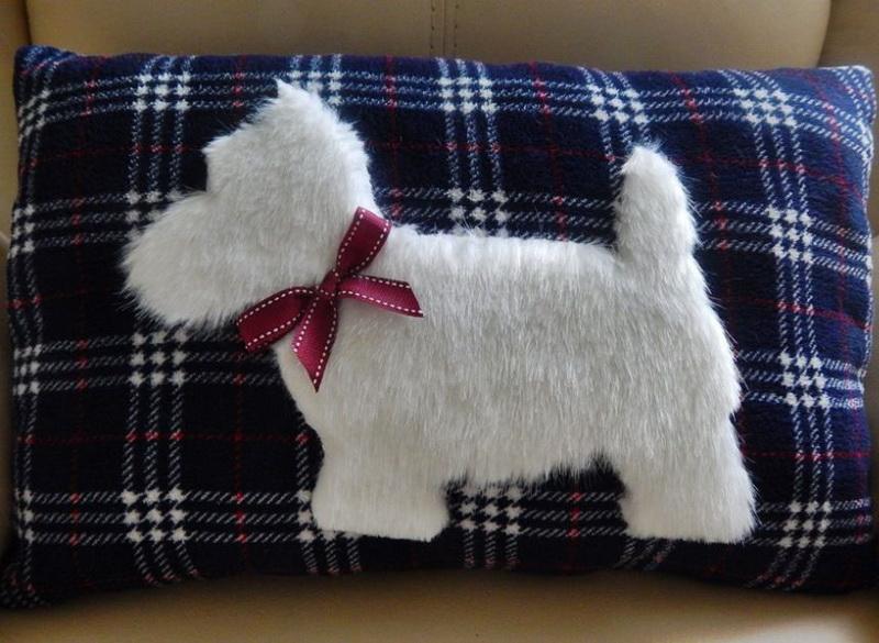 Подушка-подарок-силуэт собаки