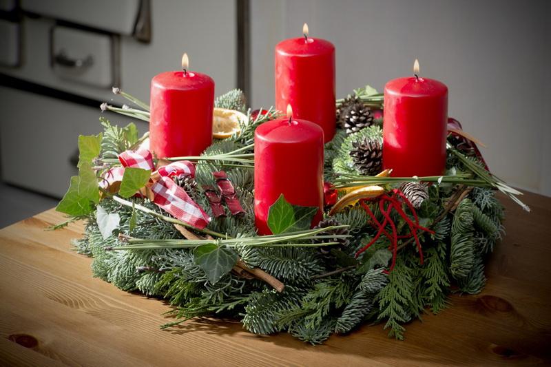 Рождественский венок-подсвечник