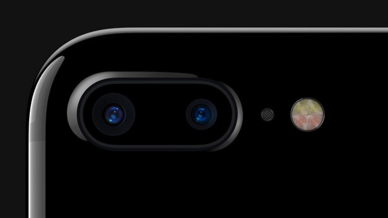 Смартфоны 2017_лучшие технологии года - две камеры iphone