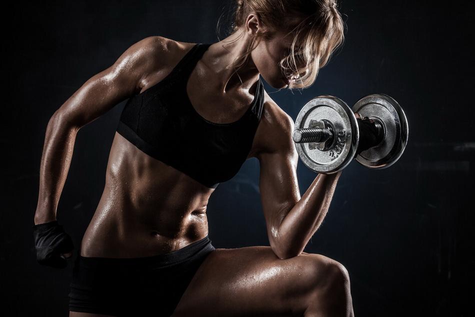 Спортивное тело-фото