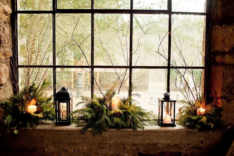 Свечи в еловых веточках-подарки на Новый год и Рождество