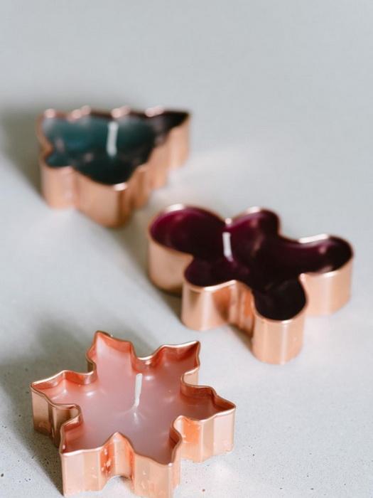 Свечи в формочка для печенья-необычное украшение стола