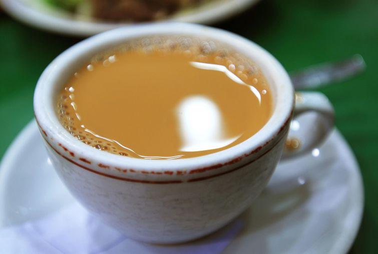 Традиционный гонконгский чай-подача
