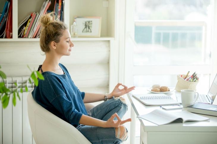Йога для новичков-медитация