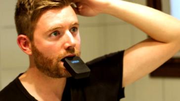 Зубна щітка майбутнього почистить зуби за 3 секунди