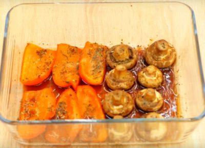 Запечені овочі до свинячих реберець
