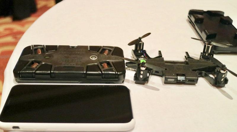 Чехол-дрон для смартфона-Selfly