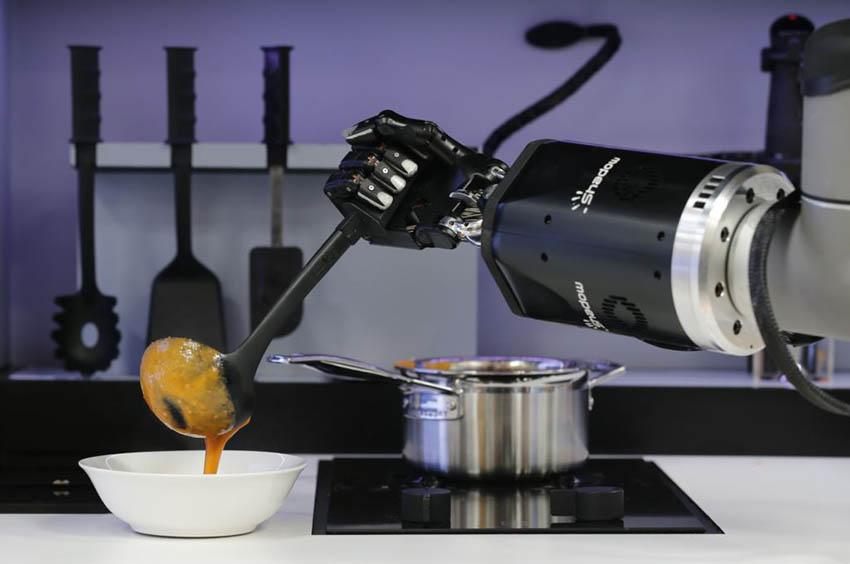 Папка «Фото», Быстро, вкусно, полезно — кибер-помощники на кухне — фото 1