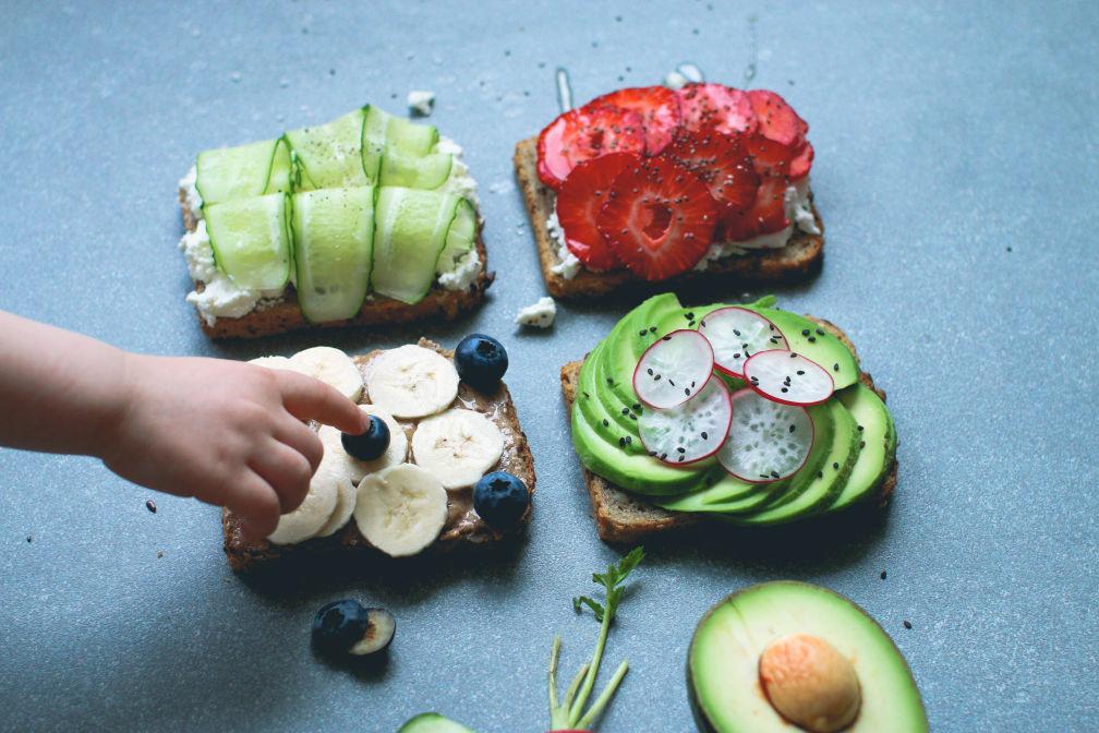 Веселые тосты-вкусные варианты подача