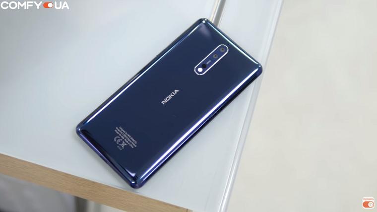 Nokia 8 с обоих сторон