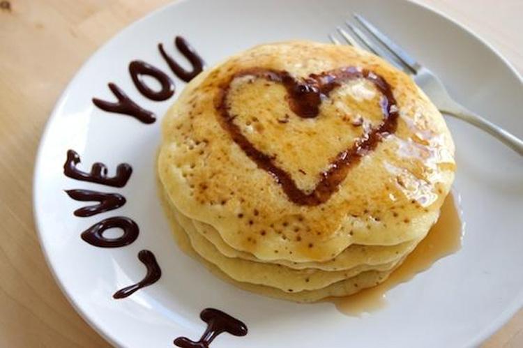 Сладкие блины-День святого Валентина